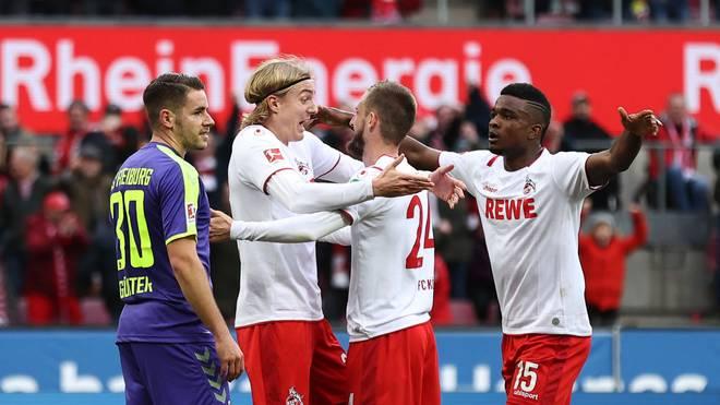 Jhon Córdoba (r.) sorgte für das 2:0 gegen Freiburg