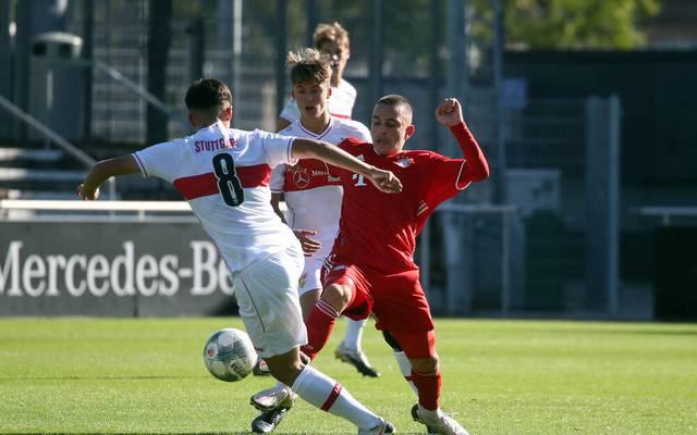 Arijon Ibrahimovic ist mit 14 Jahren bereits Stammspieler in der U17 des FC Bayern