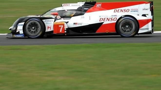 Bestzeit des Tages in Silverstone für Conway/Kobayashi/Lopez im Toyota #7