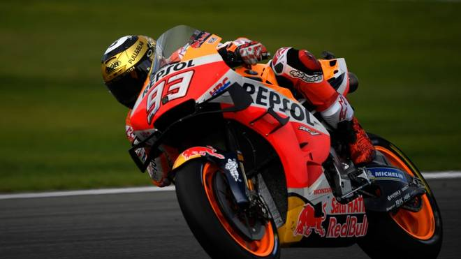 Repsol Honda Team's Spanish rider Marc Marquez rides during the MotoGP race of the MotoGP Valencia Grand Prix at the Ricardo Tormo racetrack in Cheste near Valencia, on November 17, 2019. (Photo by PIERRE-PHILIPPE MARCOU / AFP) (Photo by PIERRE-PHILIPPE MARCOU/AFP via Getty Images)