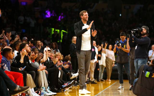 Dirk Nowitzki wurde von den Lakers-Fans mit Standing Ovations gefeiert