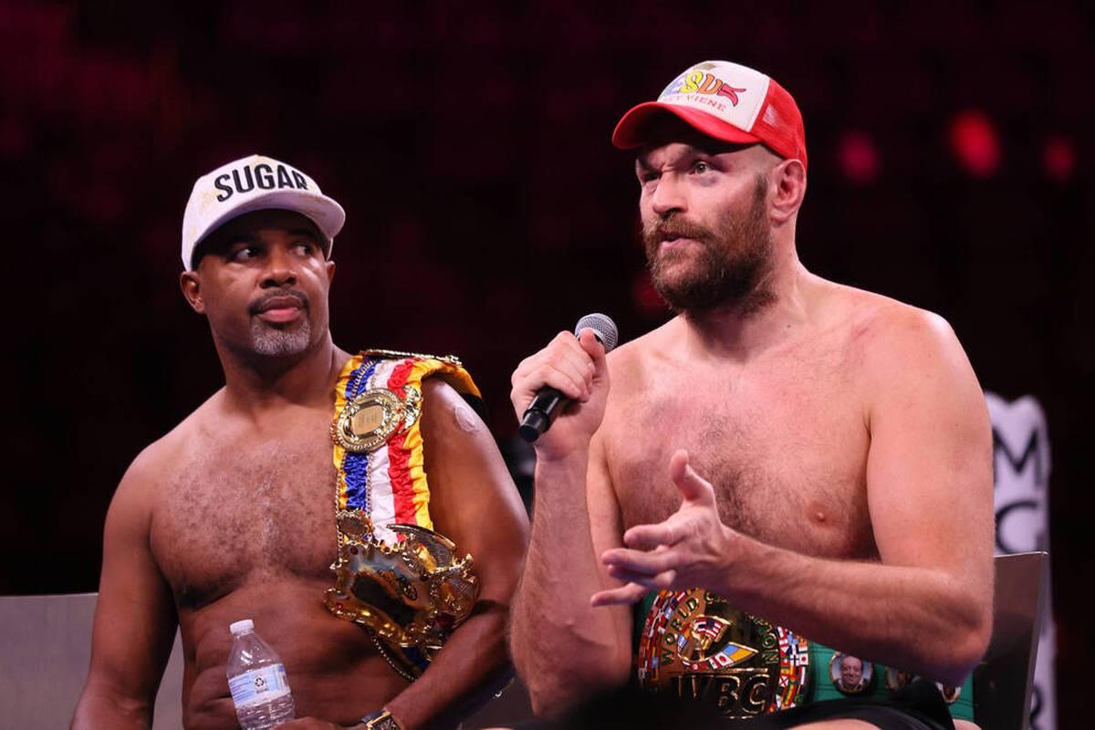 Tyson Fury setzt sich in einem spektakulären Fight gegen Deontay Wilder per K.o. durch. Danach dankt er seinem Trainer, der den Sieg erst ermöglicht habe.