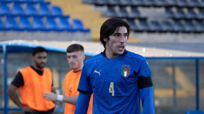 Sandro Tonali sah im Auftaktspiel die Rote Karte