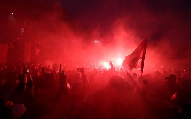 Die Anhänger des FC Liverpool verwandelten die Umgebung des Stadions in eine rote Zone