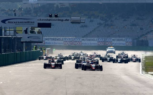 Formel 4, GT Masters, TCR Germany, Carrera Cup LIVE im TV & Stream