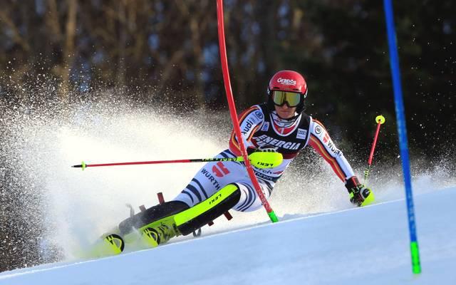Marlene Schmotz zog sich beim Slalom in Zagreb eine schwere Knieverletzung zu