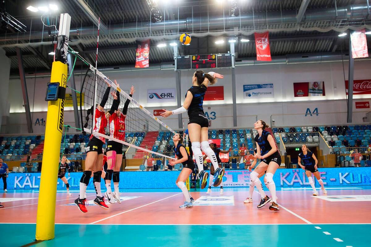Die Volleyball-Bundesliga trifft eine richtungsweisende Entscheidung für die Zukunft. Bei allen Spielen auf SPORT1 kommt der Videobeweis zum Einsatz.