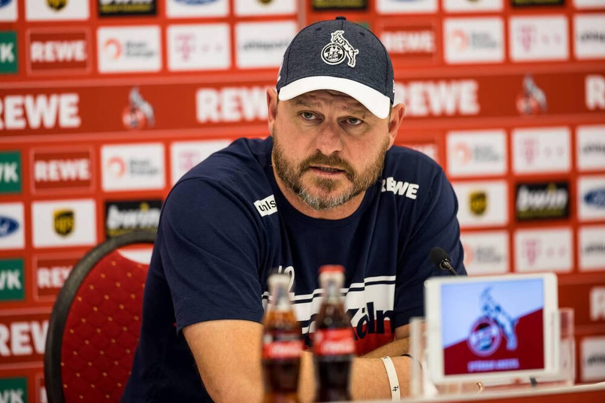 Steffen Baumgart will seinem Spielstil mit dem 1. FC Köln auch vor dem Derby gegen Bayer Leverkusen treu bleiben. Der Coach nimmt auf seinem Weg auch Niederlagen in Kauf.