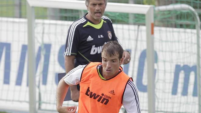 Rafael van der Vaart spielte zwischen 2008 und 2010 für Real Madrid