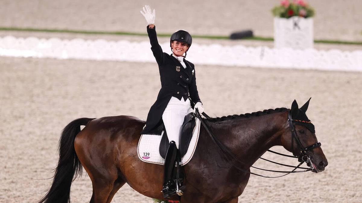 Jessica von Bredow-Werndl wurde in Tokio Olympiasieger