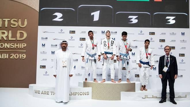Alon Leviev (Mitte) gewann Gold bei der Jiu-Jitsu-Weltmeisterschaft