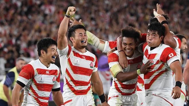 Japan feiert den Einzug in die nächste Runde der Rugby-WM