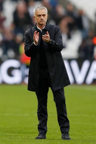 Mit Jose Mourinho ist einer der erfolgreichsten Trainer der vergangen 20 Jahre auf die Fußballbühne zurückgekehrt. Ihn zog es zum bereits vierten Mal in die englische Premier League.