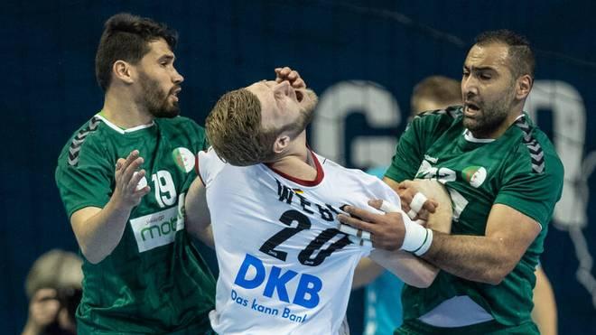 Gegen, Algerien mussten Deutschlands Handballer um Philipp Weber auch einiges einstecken