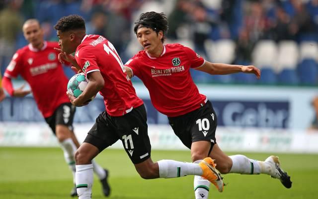 Linton Maina (li.) erzielte den zwischenzeitlichen Ausgleich von Hannover