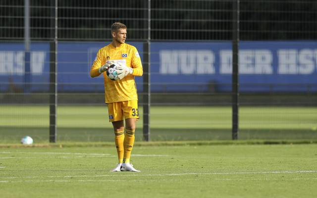 Julian Pollersbeck wechselt vom HSV zu Olympique Lyon