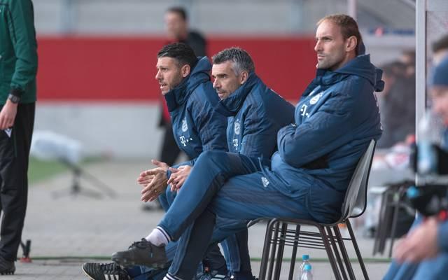 Danny Schwarz (M.) folgt beim FC Bayern auf Miroslav Klose