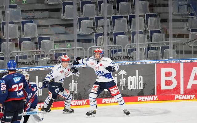 Adler Mannheim gewinnt DEL-Spitzenspiel gegen Schwenningen