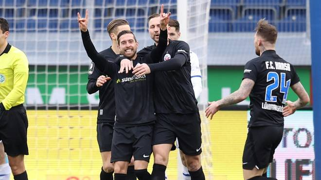 Manuel Farrona-Pulido erzielt das 1:0 gegen Türkgücü