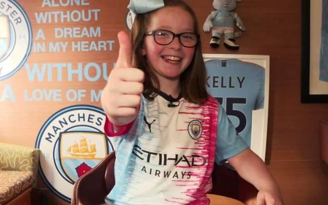 Die neun Jahre alte Lucy-Beth aus Dublin gewann den Trikotdesign-Wettbewerb von Manchester City