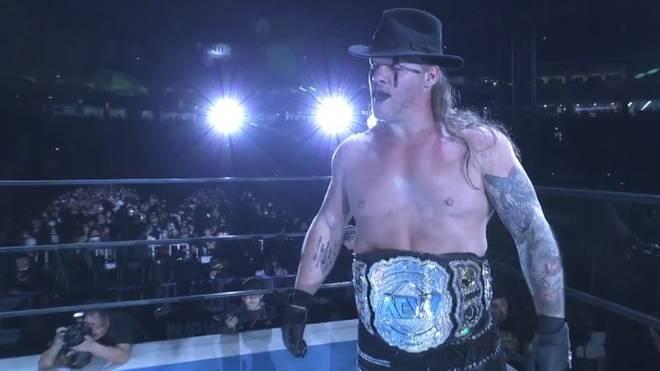 Chris Jericho tauchte mit dem Titelgürtel von AEW bei NJPW auf