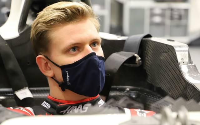 Mick Schumacher kann als Erster den neuen Haas testen