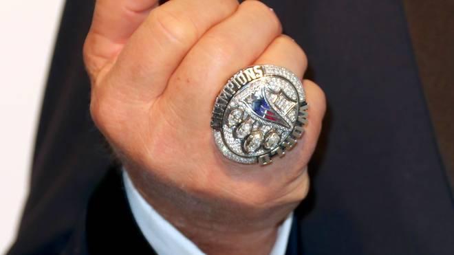 Die New England Patriots legten zum Gewinn des Super Bowl 2017 einen besonders fetten Ring auf