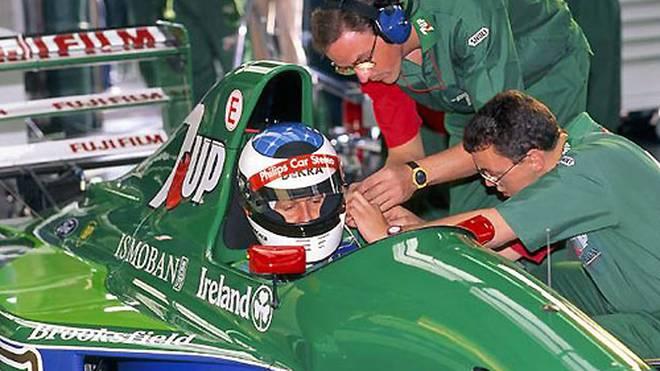 """Schumi bringt Licht ins Dunkel: """"Eddie hatte Willi gleich beim ersten Kontakt gefragt, ob ich dort mal gefahren sei. Und Willi hat ja gesagt, weil er sich nicht vorstellen konnte, dass ich dort nie war. Er ist davon ausgegangen, weil Spa ja im Kalender der Sportwagen-WM war. Ich habe an dem Termin aber an einem Formel 3-Rennen teilgenommen"""""""