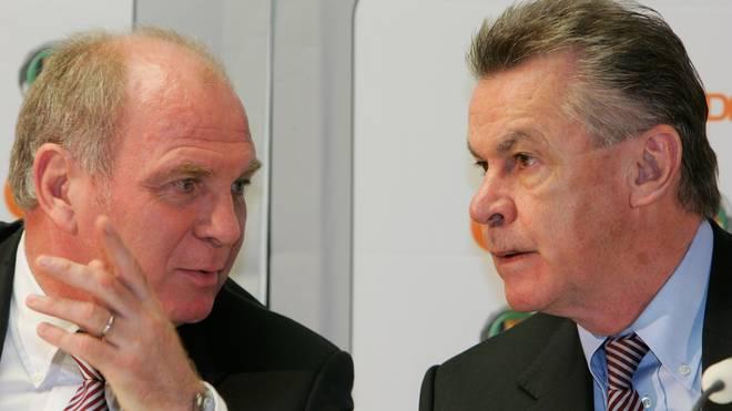 Ottmar Hitzfeld (r.) will Uli Hoeneß weiterhin als Bayern-Präsident sehen