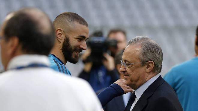 Karim Benzema (l.) spielt seit 2009 für Real Madrid und Präsident Florentino Perez