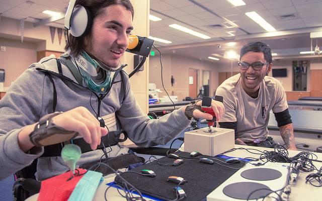 Xbox Adaptive Controller lässt sich auf die verschiedensten Bedürfnisse der User einstellen