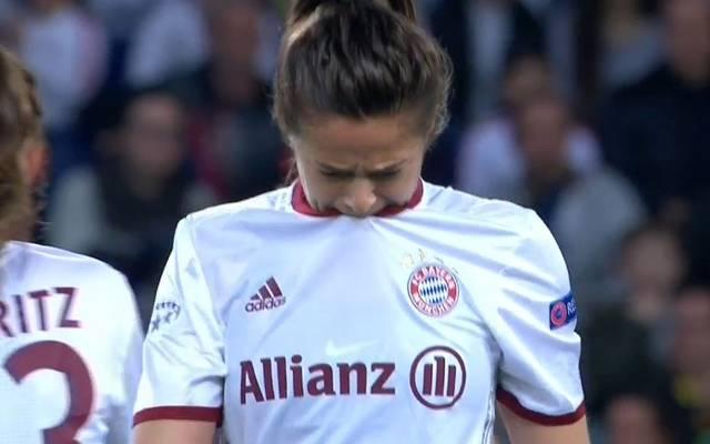Lena Lotzen wird dem FC Bayern nach einer Knierverletzung erneut länger fehlen