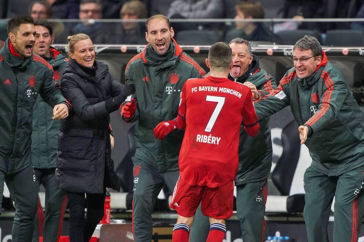 In seinen sechs Jahren als Bayern-Keeper war Tom Starke eine Randfigur. Dass er dennoch wichtige Aufgaben übernahm, wie der heute 40-Jährige schildert.