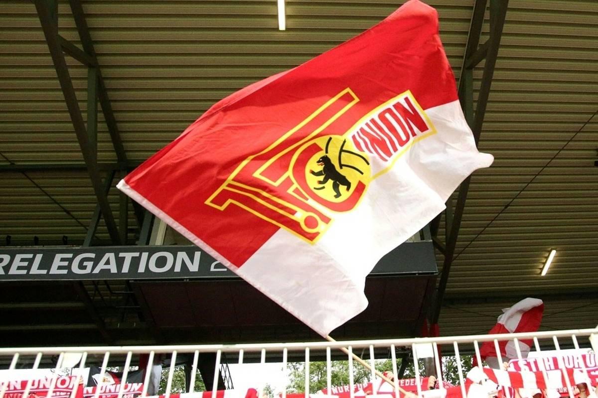 Fußball-Bundesligist Union Berlin stellt sich in der Geschäftsführung breiter auf.
