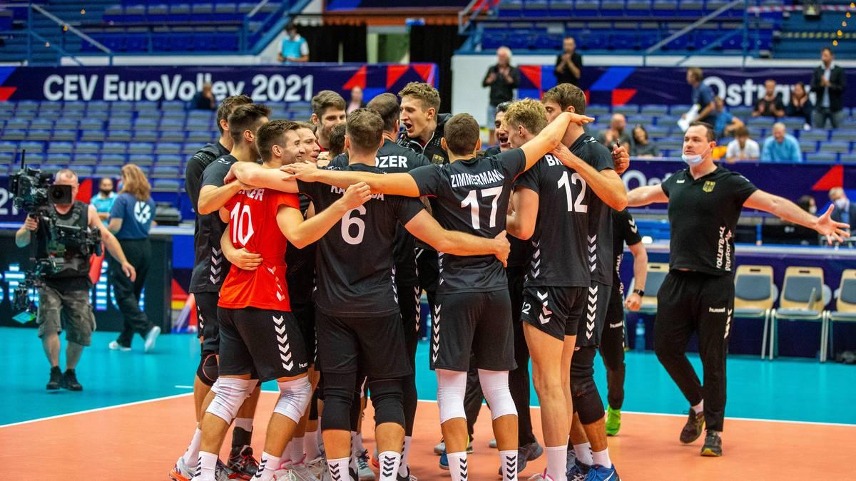 Die deutsche Volleyball-Nationalmannschaft kämpft um den Halbfinaleinzug