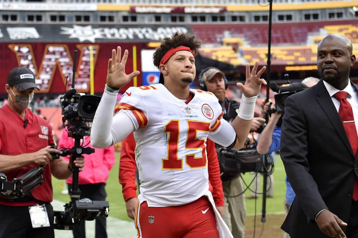 Bei der Niederlage gegen die Titans muss Chiefs-Quarterback Patrick Mahomes verletzt raus. Dennoch glaubt er an ein baldiges Comeback.