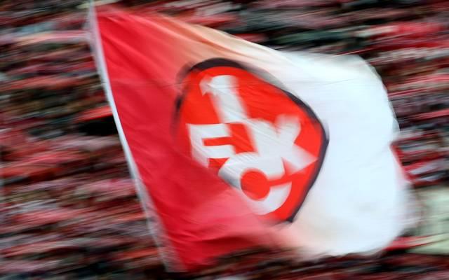 Fans und Flagge des 1. FC Kaiserslautern