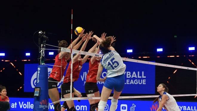 Die deutschen Volleyballerinnen kassierten eine Auftakt-Niederlage gegen Russland