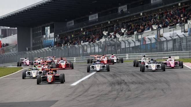 Im kommenden Jahr gibt es in der Formel 4 eine Neuerung