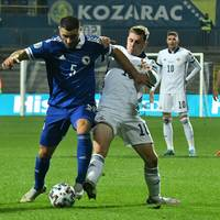 Corona! Ex-Schalker Kolasinac fehlt Bosnien und Arsenal