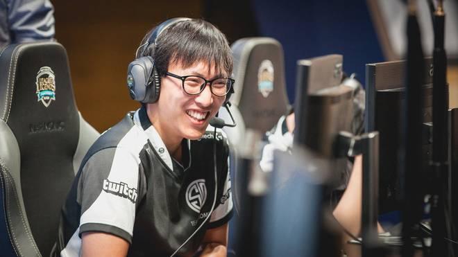 """Yiliang """"Doublelift"""" Peng kehrt ein weiteres Mal zu Team SoloMid zurück"""