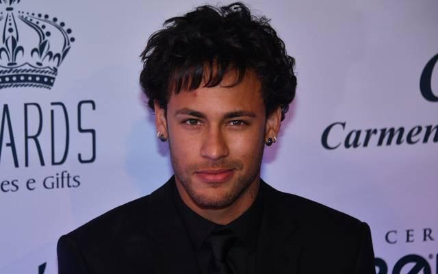 Neymars Locken werden immer länger