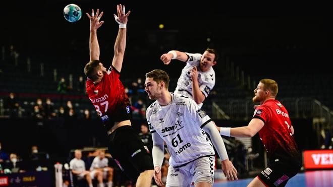 Der THW Kiel (in weiß) steht im Finale der Champions League