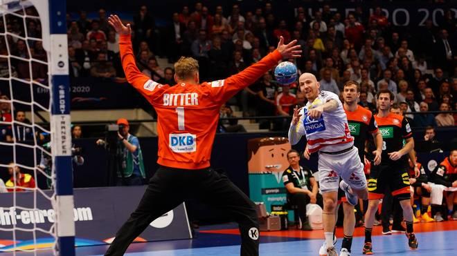 Die DHB-Auswahl und Torhüter Johannes Bitter treffen zum Abschluss der Hauptrunde auf Tschechien