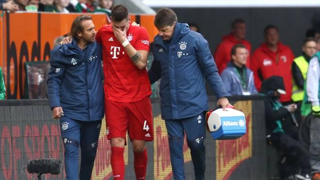 Niklas Süle verletzte sich gegen den FC Augsburg am Knie