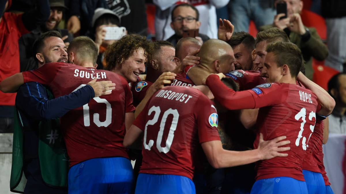 Czech Republic's team celebrate after scoring during the UEFA Euro 2020 qualifier Group A football match Czech Republic and England on October 11, 2019 at the Sinobo Arena in Prague. (Photo by Michal CIZEK / AFP) (Photo by MICHAL CIZEK/AFP via Getty Images)