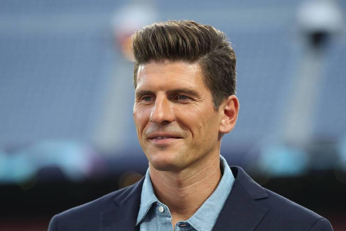 Oliver Mintzlaff bestätigt Gespräche von RB Leipzig mit Mario Gomez. Als neuer Sportdirektor kommt der frühere deutsche Nationalstürmer aber nicht in Frage.