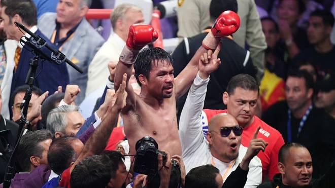 Boxen: Manny Pacquiao gewinnt WBA-Titel gegen Keith Thurman , Manny Pacquiao feiert seinen Sieg gegen Keith Thurman im Weltergewicht