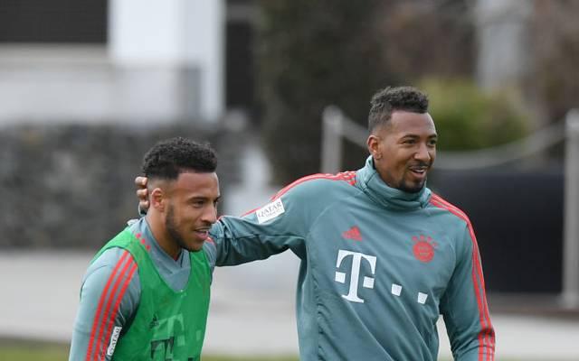 Jerome Boateng (r.) und Corentin Tolisso mussten im Spiel gegen Gladbach verletzt ausgewechselt werden