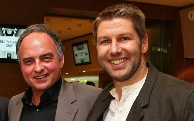Zwei mit dem VfB im Herzen: Klub-Legende Hansi Müller (l.) und der aktuelle Vorstandsboss Thomas Hitzlsperger